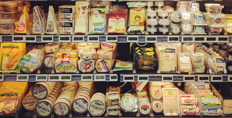 razne_vrste_sireva_u_supermarketu_photo_alana_harris