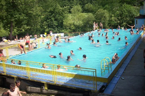 Bazen Ribnjak Rača škola plivanja